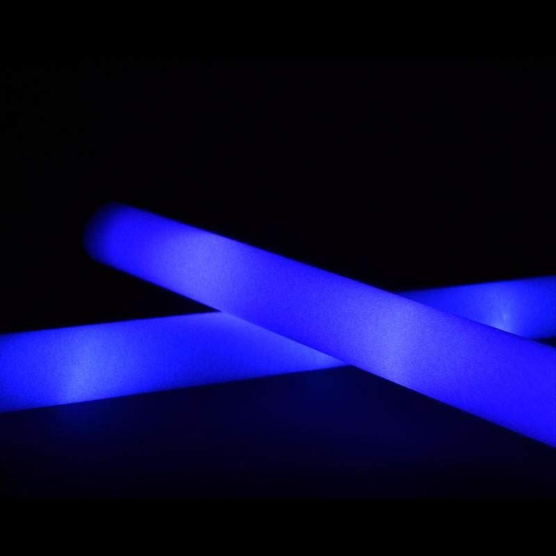 Bastone in morbida schiuma luminoso monocolore a luce for Luce led blu